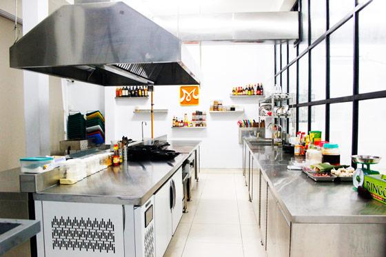 công cụ dụng cụ của giang bếp