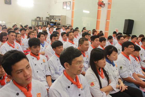 Lễ khai giảng nghiệp vụ bếp trưởng khóa K34, K35