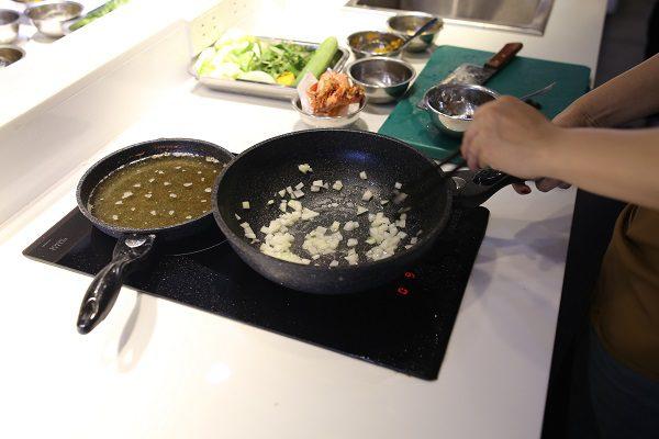 Đầu bếp chuyên nghiệp không đơn giản chỉ biết nấu ăn