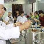 thầy tùng dạy nấu bún bò