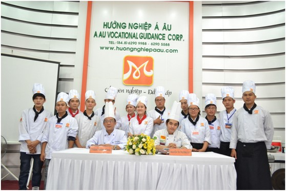 Kham pha va chia se tai Huong Nghiep A Au12
