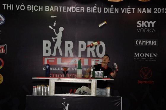 kham pha nghe thuat bieu dien bartender
