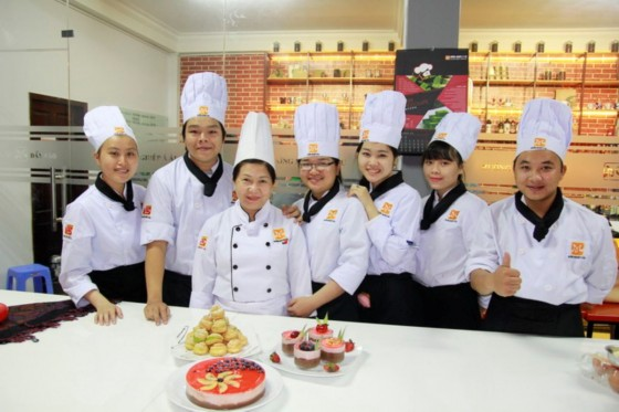 bếp bánh bb41 chụp hình lưu niệm