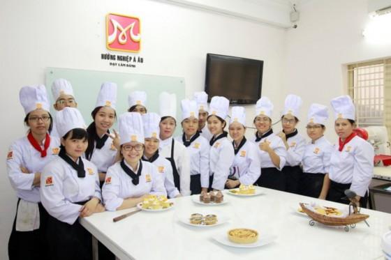 bếp bánh bb42 chụp hình lưu niệm