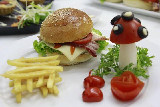 bánh hamburger lớp bb37