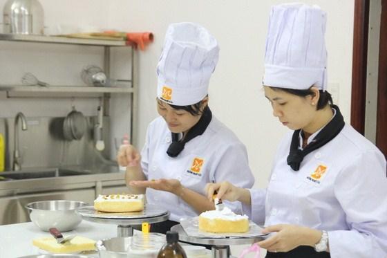 trường dậy nghề làm bánh
