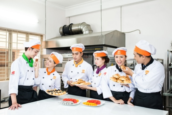 học làm bánh thỏa mãn đam mê