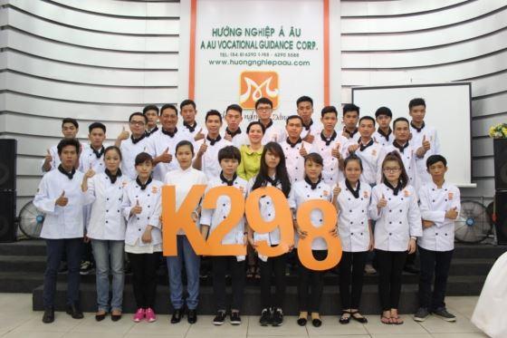 tân học viên khoá bếp trưởng k298