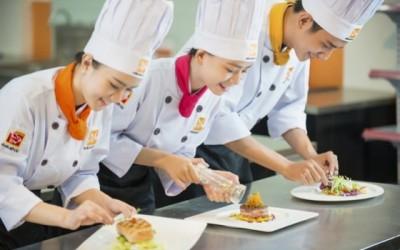 nghề bếp cơ hội việc làm phát triển