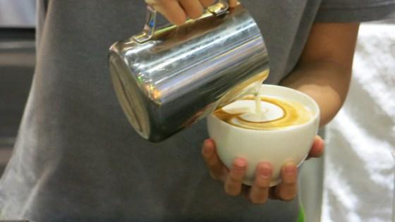 tạo hình latte
