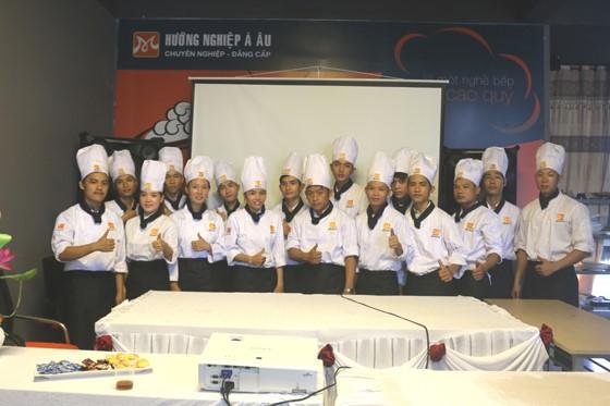 tập thể lớp bếp trưởng nbt03 00032