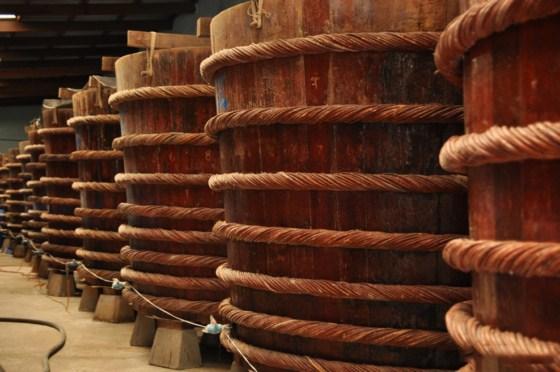 thùng gỗ ủ chượp