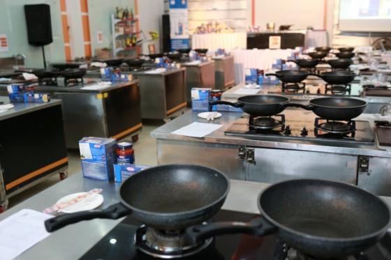 đầu trường bếp hoành tráng hnaau
