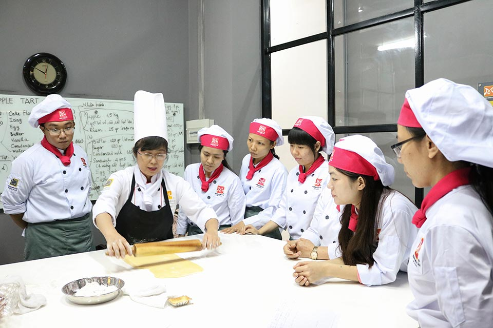 bb 104 thực hành bánh tart