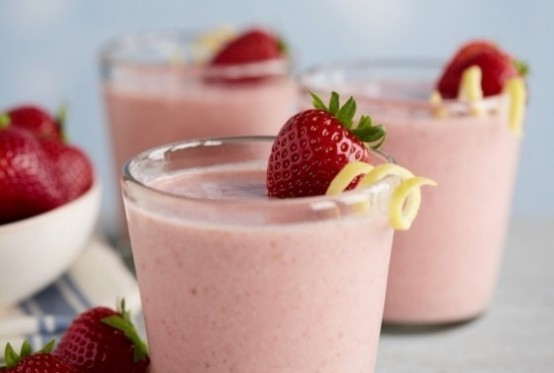 strawberry smoothie, sinh tố dâu tây