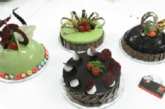 Chuyên đề ứng dụng tạo hình chocolate vào trang trí bánh kem