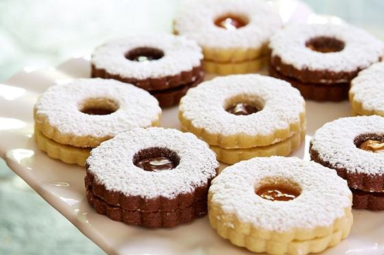 Học làm bánh Sable's cookie.
