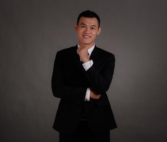 Thầy Trần Hữu Thành
