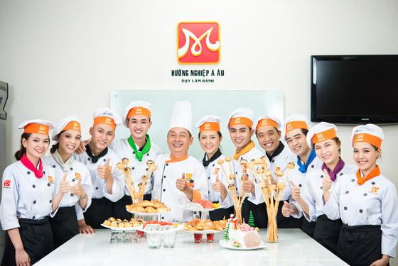 đào tạo bếp trưởng bếp bánh