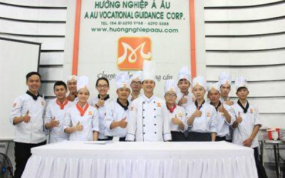 học nghề bếp đầu tư đúng vững tương lai