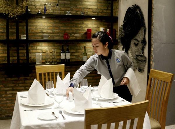 học quản trị nhà hàng phát triển tương lai