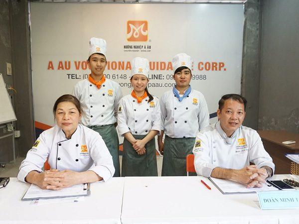 nghề bếp ở buôn ma thuột thu hút nhiều bạn trẻ