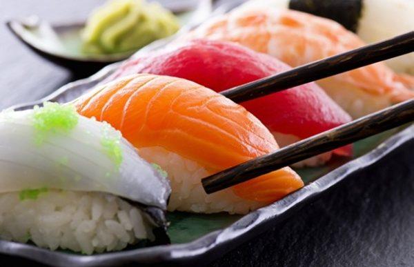 sushi món ăn quốc hồn ẩm thực nhật bản