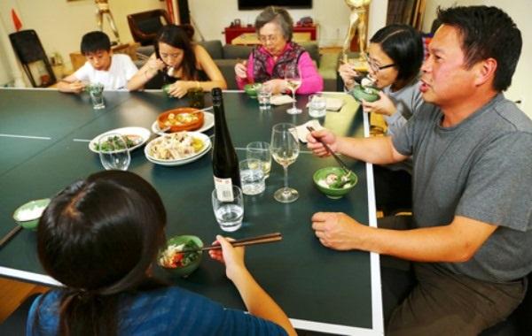 Bữa ăn của gia đình đầu bếp việt nổi tiếng ở mỹ