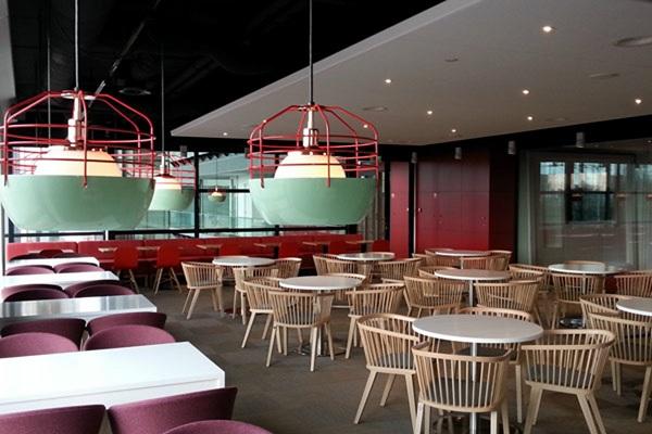 không gian trải nghiệm quán cafe