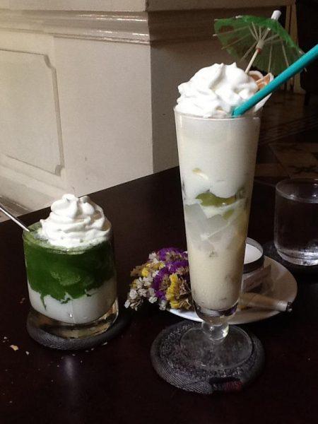 Ly thức uống của chị Phạm Thị Ngọcc Bích