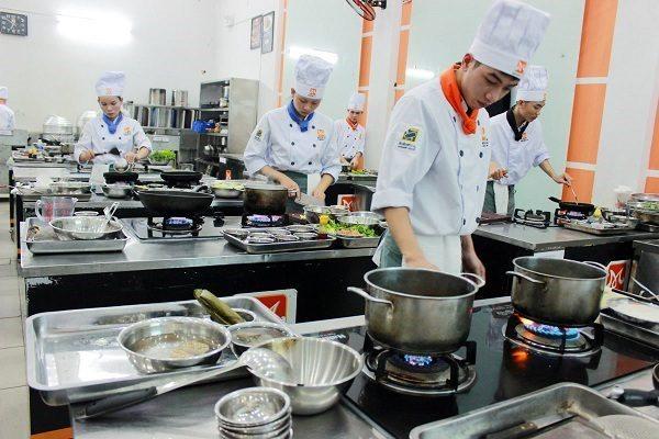 Nhu cầu tuyển dụng nghề bếp tăng cao