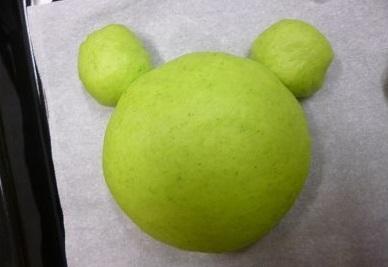 bánh mỳ hình chú ếch xanh