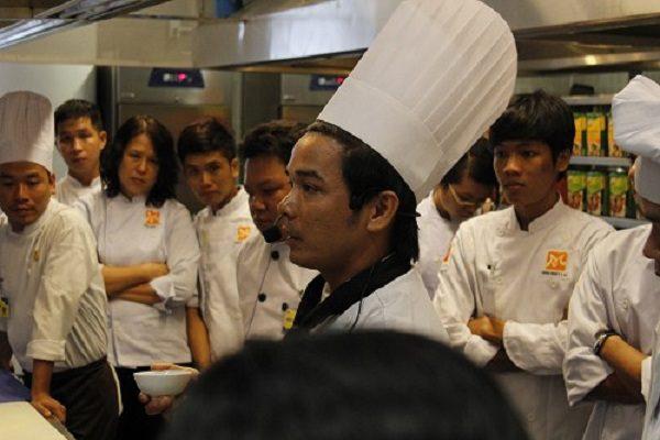Đầu bếp Hồ văn tài