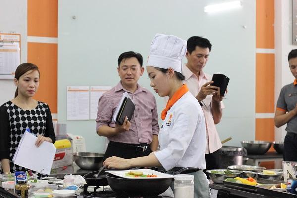 Trung Tâm Dạy Nấu Ăn Tại Sài Gòn