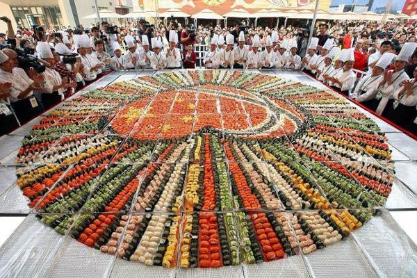 bức tranh sushi lớn nhất Thế Giới