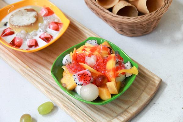 Chè hoa quả thập cẩm
