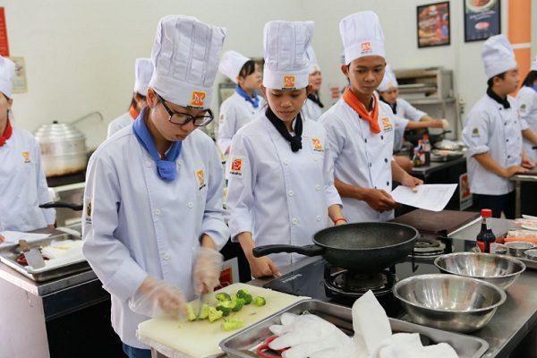 Để thành công trong nghề bếp
