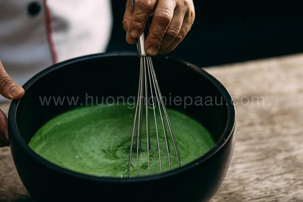 Pha rau câu với nước cốt lá dứa