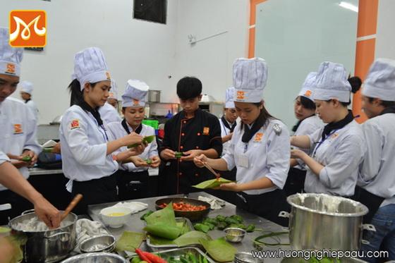 Món Huế ẩm thực Việt