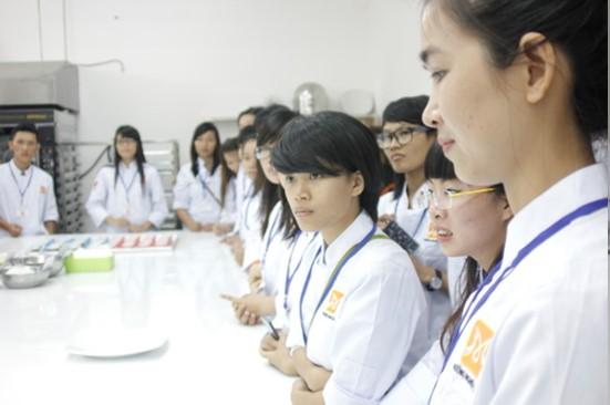khai giang bb25 huong nghiep a au 2