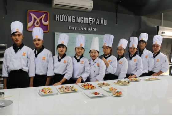 Co Ho Thi Viet My trong chuyen cong tac tai huong nghiep a au da nang