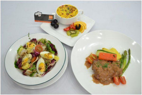 Seabass Salad, Beef Stroganov, Trái cây đút lò