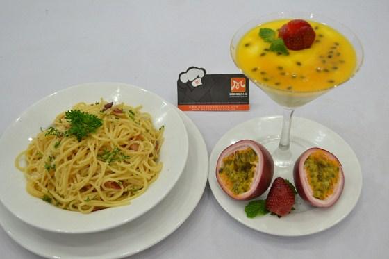 spaghetti allacarbonara và mousse passion