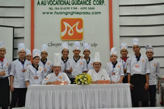 Kham pha va chia se tai Huong Nghiep A Au14