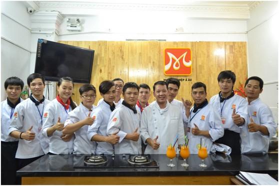 Kham pha va chia se tai Huong Nghiep A Au16