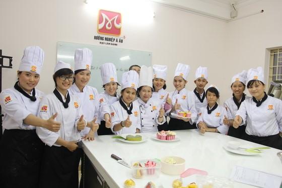 Kham pha va chia se tai Huong Nghiep A Au23