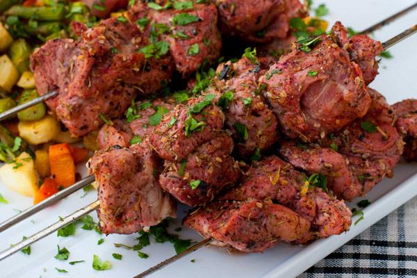 thịt xiên nướng anticuchos