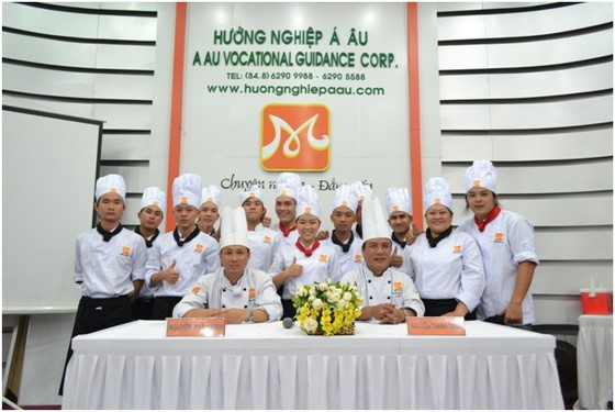 Huong-nghiep-a-au-tiep-tuc-nhung-cuoc-dua-tuan-50-4