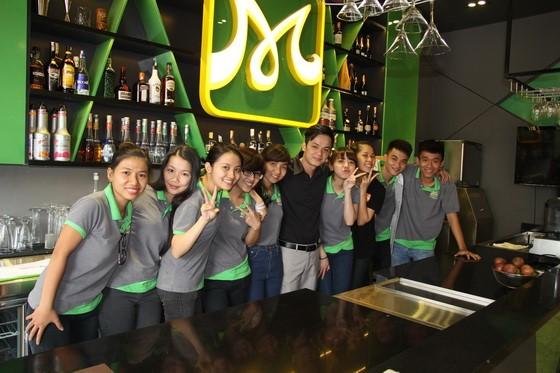 hinh-ky-niem-thay-tro-barista-10-huong-nghiep-a-au