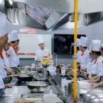 lớp học nghề bếp chuyên nghiệp